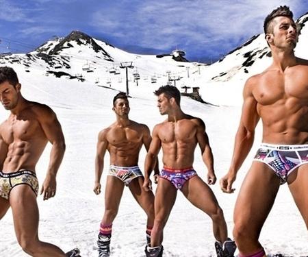 Votre programme des semaines de ski gay en 2013