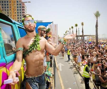 Gay Pride de Tel Aviv: les bisexuels à lhonneur !