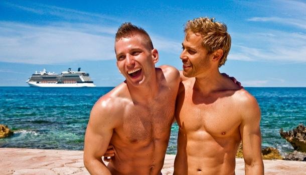 Reportage à bord de la plus grande croisière gay du monde