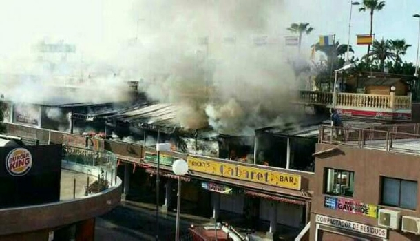 Yumbo Center in Playa del Ingles hit by fire