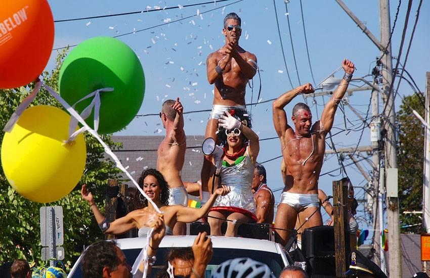 Top 10 des carnavals gays en 2016