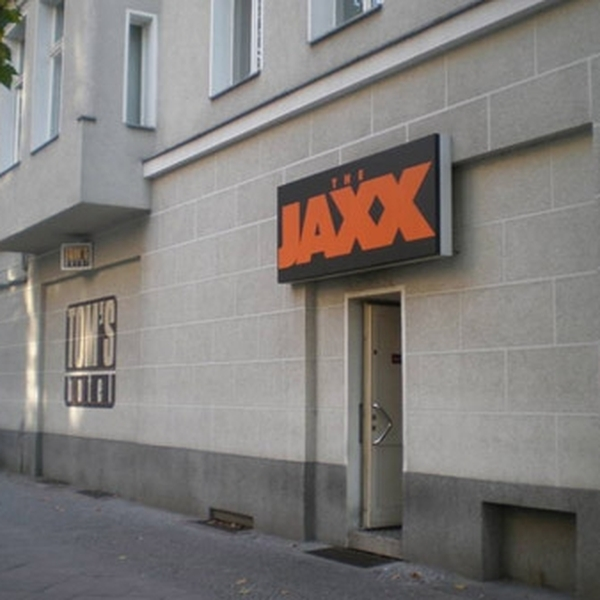 gay berlin Jaxx laborotory