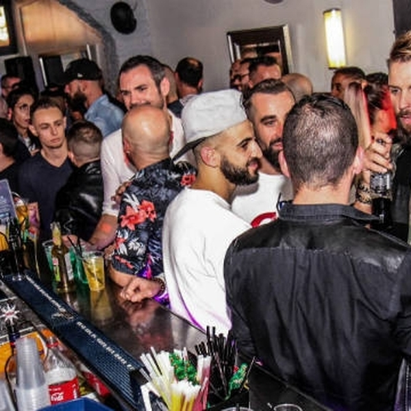 le bon coin rencontre gay bars à Matoury