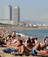 Barcelone fait la chasse aux maillots de bain en centre-ville