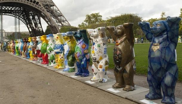 Les ours sont entrés dans Paris !