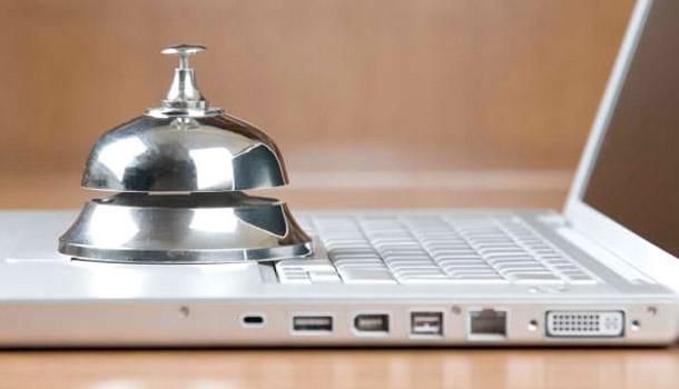 A l'hôtel, ce qui compte, c'est internet, pas la télé !