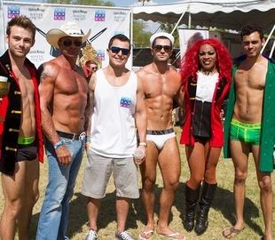 Calendario Gay.Calendario Gay Pride 2019 Misterb B