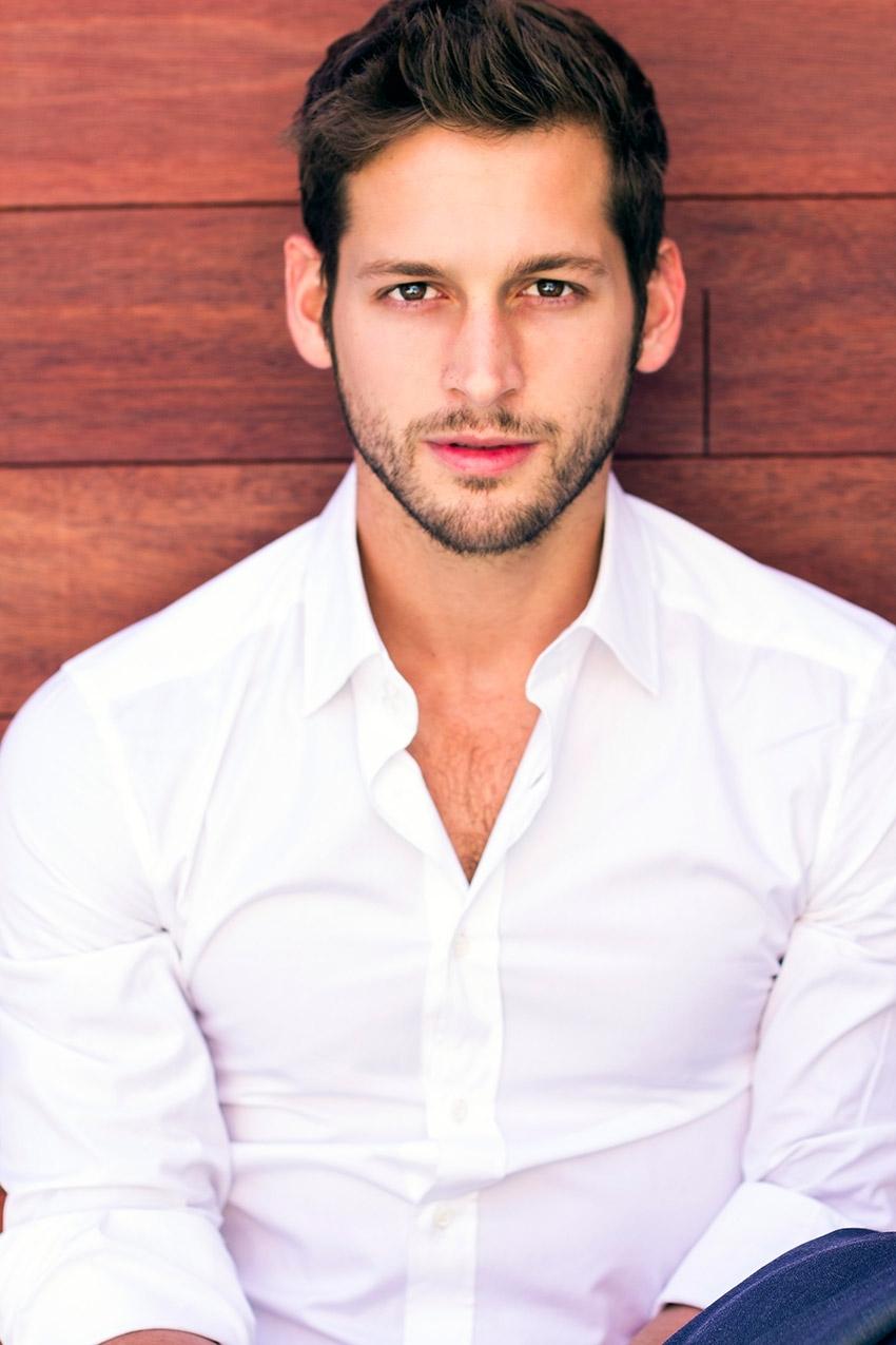 Max Emerson mister10