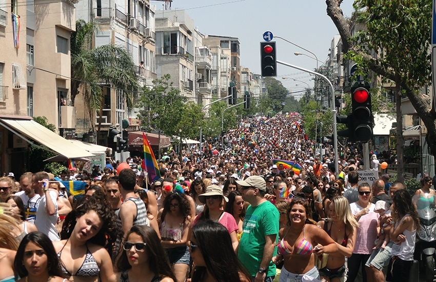 Gay Pride in Tel Aviv : bigger, stronger!