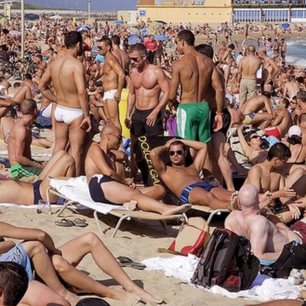 Sexe gay à la plage
