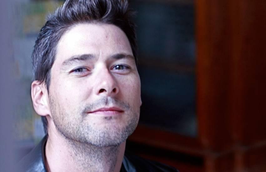 Host Story: Schauspieler aus Paris erzählt, wie er Leute und Vielfalt kennenlernt