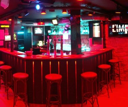 Un bar gay à Paris 100% naturiste