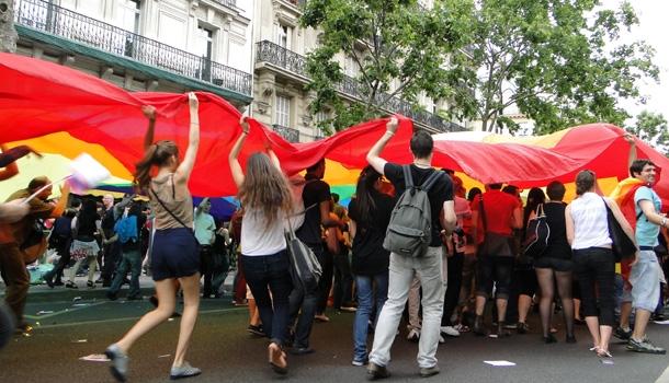 Affluence record attendue à la Marche des Fiertés de Paris samedi !