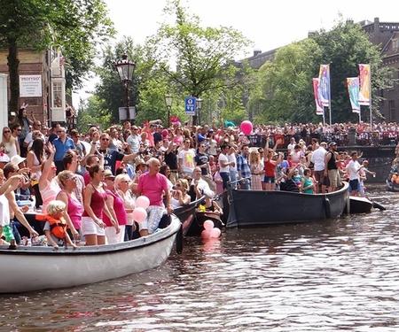 Photos : Découvrez la gay pride dAmsterdam