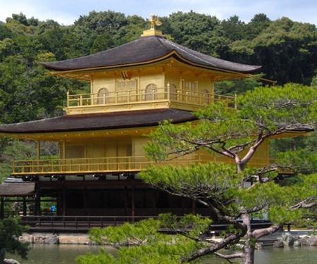 Le Japon va offrir 10 000 billets d'avion à des touristes étrangers !