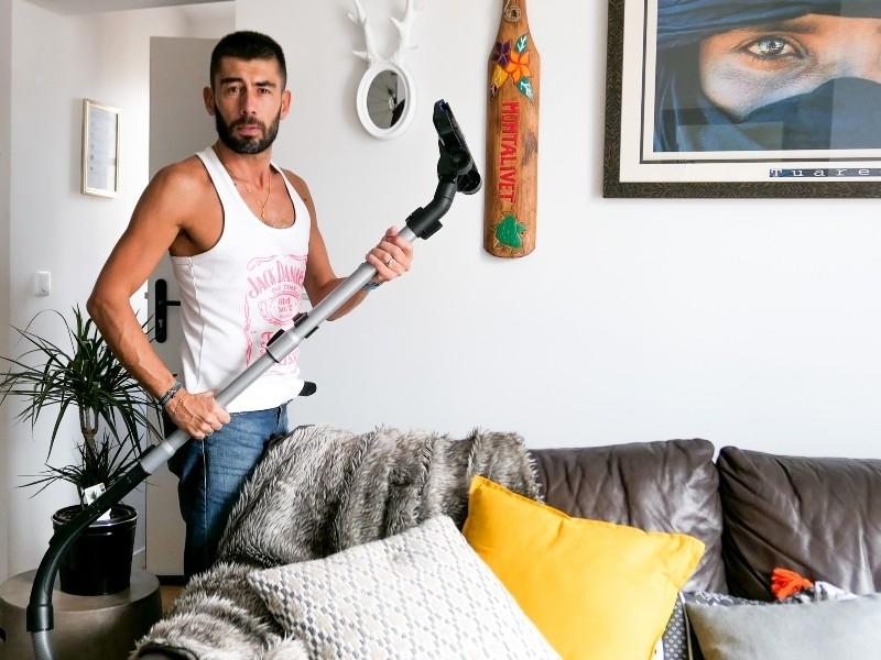 Face? i cuno? tin? a cu femeia sousse Tunisia barbati din Cluj-Napoca care cauta femei căsătorite din Slatina