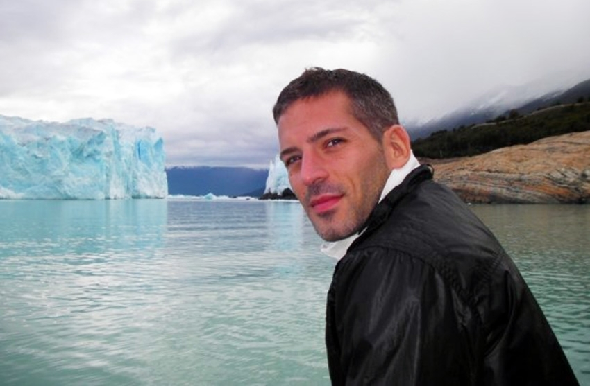 Carlos Melia gay travel blogger